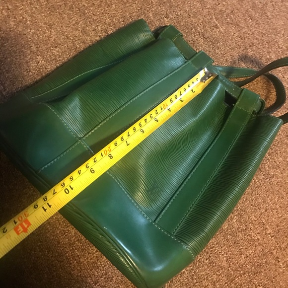 Authentic Louis Vuitton Randonee Epi Green